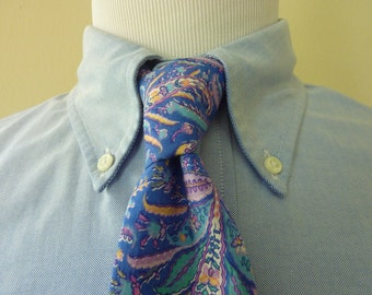 GORGEOUS Vintage JOHN HENRY of London Floral Baroque Patterned Cotton Summer Neck Tie.