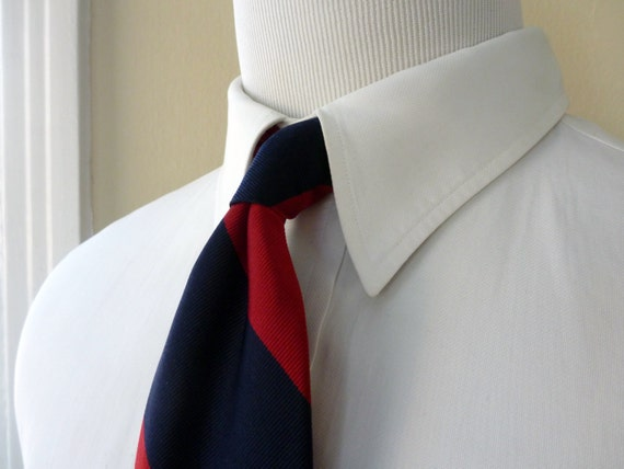 ESSENTIAL Vintage Harold's Maroon & Navy Blue WIDE Repp Striped Trad / Ivy League Neck Tie.  Handmade in USA.