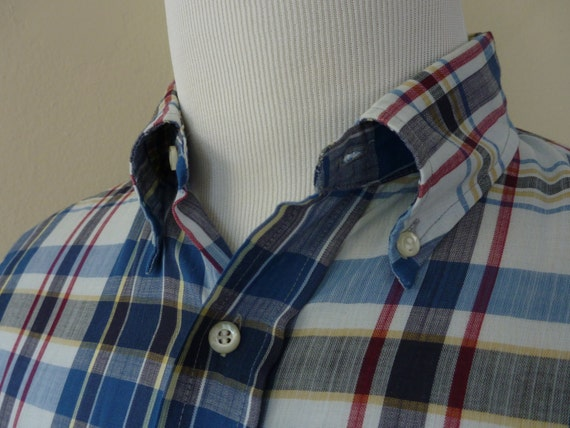"""Vintage 1960s Penney's Towncraft """"Tapered"""" Plaid Button Down Collar w/ REAR COLLAR BUTTON Short Sleeved Shirt 15 - 15 1/2."""