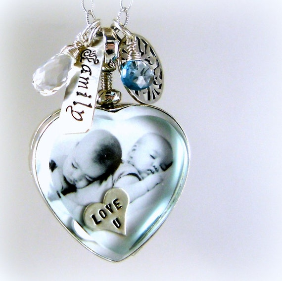 mom jewelry mommy necklace heart locket glass photo locket. Black Bedroom Furniture Sets. Home Design Ideas