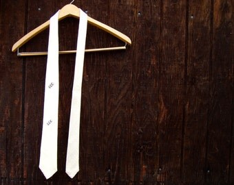 woven ribbon necktie / Saks Fifth Avenue / mens vintage tie