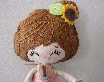 Plush Poseable Garden Girl Doll. Plush Doll. Softie. Noia Land.