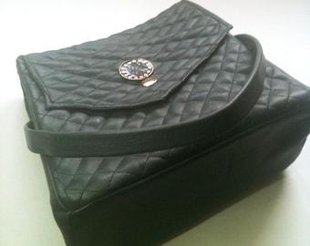Handbag gray, enamel clasp