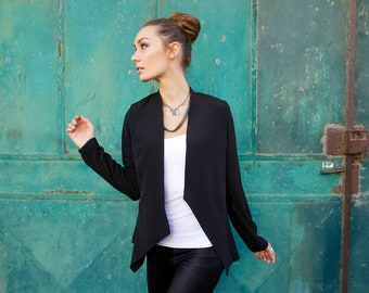Black  Jacket,  open geometric top, A symmetrical top, Autumn jacket