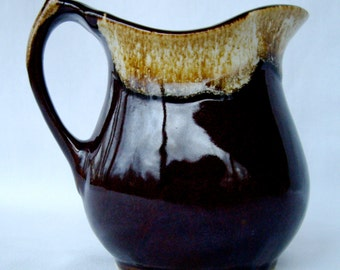 Small ovenproof USA Hull Pitcher, brown drip pattern