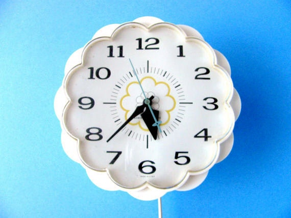Daisy Wall Clock General Electric Vintage Home D 233 Cor Retro Mod