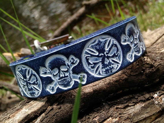 "Cool handmade custom leather 1"" blue dog collar with embossed skulls"