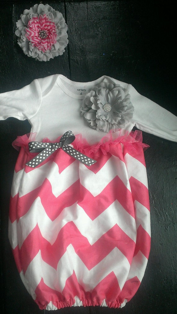 Going home outfit for baby girl fall picture.