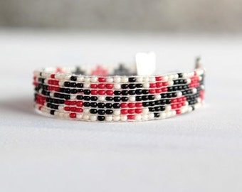 Beadweaving seedbead Bracelet,White-red,black