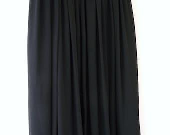 Vintage Black Semi Sheer Soft Pleated Maxi Skirt High Waisted Medium