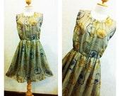 Pretty Vintage Dress / Green / Floral dress / Women / Party Dress / Day Dress