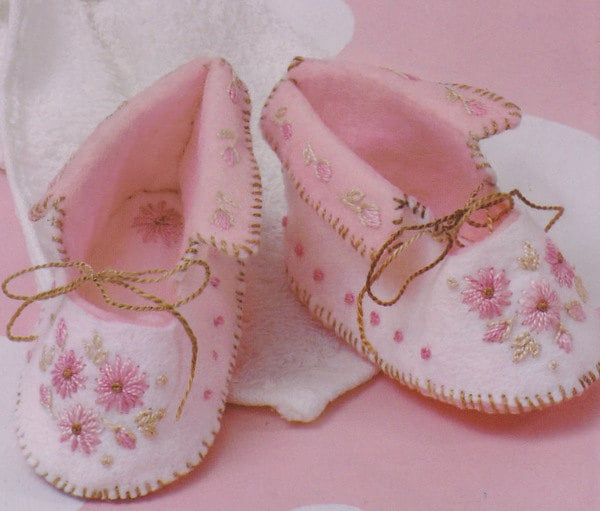 Make Felt Baby Shoes