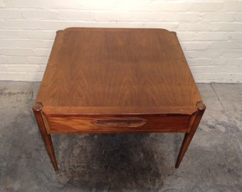 Mid-Century Danish Modern End Table / Nightstand By Bassett - Mad Men / Eames Era *SHIPPING NOT INCLUDED*