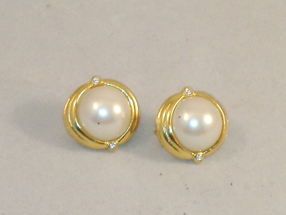 REDUCED PRICE - Vintage Gold Plate & Pearl Earrings with Zircon Chips - Clip-On - Sweet Estate Share