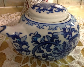Vintage Blue & White Teapot With Chinese Design Numbered 6