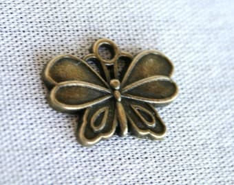 8 Lovely Antique Bronze Butterfly Charms/Pendants