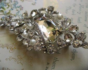 Les Romance Victorian pearls and rhinestone crystals brooch pin, rhinestones brooch, crystals brooch, bridal jewelry, wedding brooch