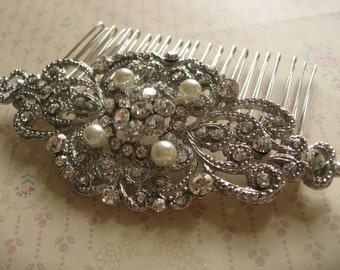 Pearls Wedding hair comb, Bridal hair comb, Barrette clip, Vintage brooch, Silver vintage style hair accessory