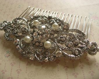Hair comb, wedding hair comb, bridesmaid hair comb, Victorian hair comb, pearls hair comb, vintage headpiece