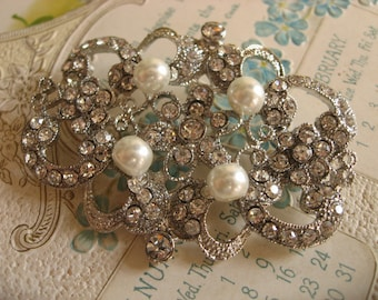 Angela Swarovski pearls and rhinestone crystals brooch pin
