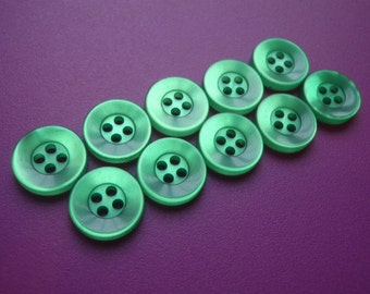 10 Green Buttons 12mm Plastic