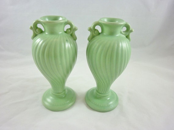 Vintage Pair Of Haeger Pottery Soft Green Swirl Vases Urn With