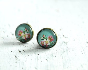 Rustic flower earrings studs - floral earrings - small post ear studs - glass earrings - summer fashion earrings - gift for her - blue pink