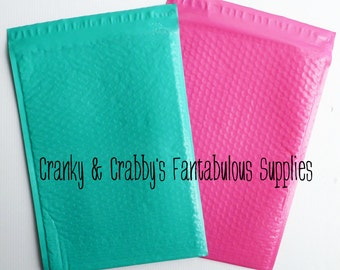Pack of 10 - 10 x 15 Bubble Envelopes -  Padded Shipping Poly Mailers size 5 - 10.5 X 15.25 Pink or Teal
