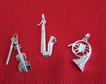 Alloy Violin Saxophone French Horn Pendants Select One of your choice