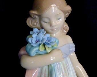 Lladro Bundle of Blossoms Blue 8150