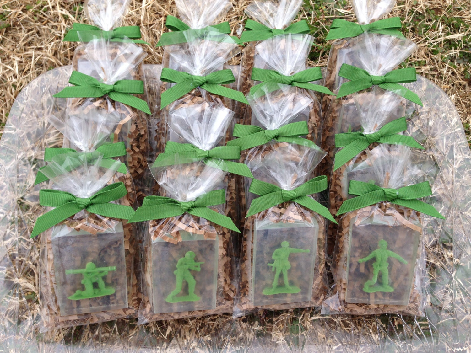 10 soldier soap kids soap party favors army soldiertoy for Army party decoration