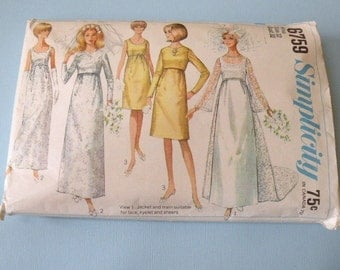 1966 Simplicity 6759 WEDDING Dress in two length plus jacket size 12