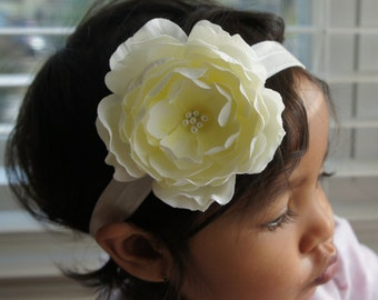 Ivory Color Silk Flower With a Yellowish Tint In The Center Headband or Hair Clip, Baby Girl Headbands, Newborn Girl Headband, Flower Girl H