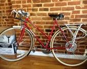 Vintage '80s Ladies City Bike