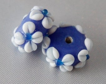 Floral Lampwork Beads 13mm x 8mm Blue & White Flower Lamp work – 4 Beads