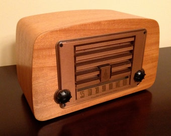 1946 Eames Radio for Evans Molded plywood Mint Condition