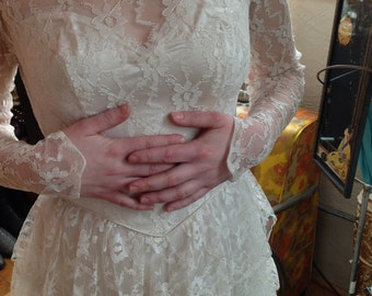 1950s Floral Lace Wedding Dress