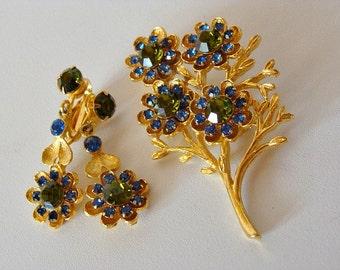 Vintage Brooch & Clip On Earrings Flowers