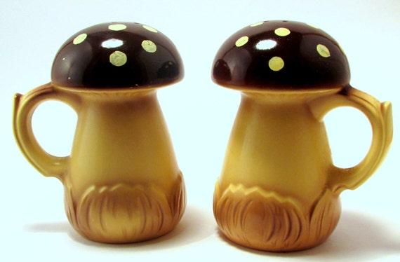 Vintage Retro Funky 1970s Mushroom Salt And Pepper Shakers