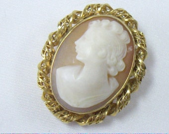 Vintage A. CAVINESS Gold Fill Carved Shell Cameo Brooch Pin Pendant