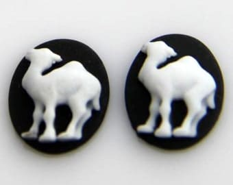 6 pcs of resin camel cameo 10x13mm-0222