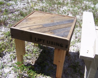 """Table """"Lift Using Other Side"""" from Reclaimed Recycled Pallet Wood"""