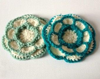 Crochet Flower Brooch, Green Cream Knit Flower, Dark Green, Large Yarn Flower Pin, Acrylic Wool Flower, Green Flower Pin