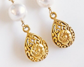 Gold Earrings, Pearl Earrings, Bridal Earrings, White, Wedding Jewelry, Antique Style, Heirloom Jewelry - Afternoon at the Museum