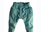 Button Front PANTS Size 2  GREEN for kids
