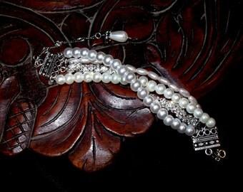 Chunky Pearl Bracelet with Rhinestones, Pearl Bracelet