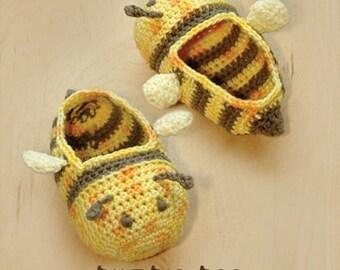 Crochet Pattern - Bumble Bee Baby Booties Bee Preemie Socks Animal Shoes Yellow Bee Applique Bee Baby Slippers Crochet Pattern (BB01-Y-PAT)