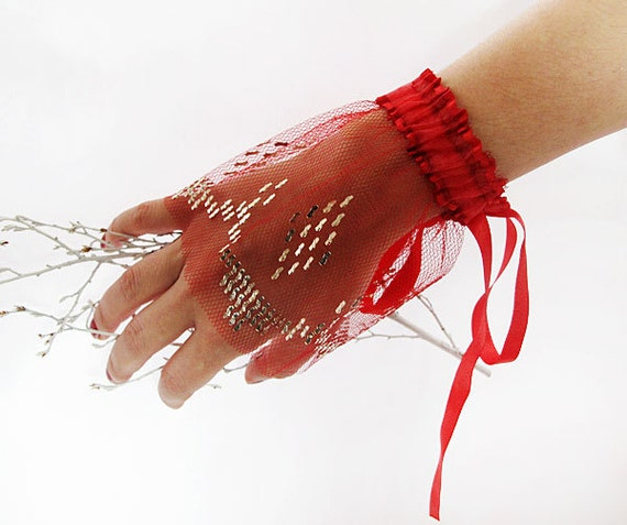 Red Lace Cuffs Bridal Gloves Wedding-hand embroidered  Wedding Accessory-Delicate Gloves-Bridal accessory, Fingerless Gloves