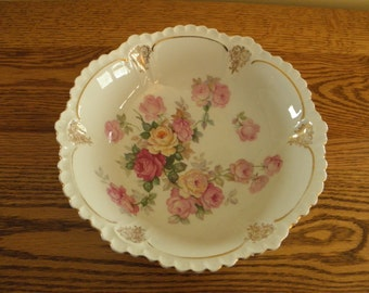 Wonderful Rose Trimmed Victorian Berry Bowl