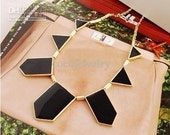 House of Harlow Triangle necklace (imitation)